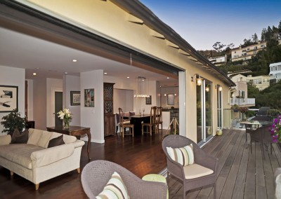 SOLD1660 Sunset Plaza DrHollywood HillsOffered at $1,699,000