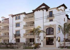 SOLD11715 Chenault Ave #101BrentwoodOffered at $1,029,000