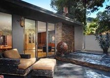 SOLD1543 N. Beverly Glen BlvdBel AirOffered at $949,000