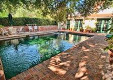<b>SOLD</b><br>2700 Ellison Dr<br>Beverly Hills<br>Offered at $1,385,000