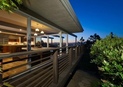 SOLD3512 Multiview DrHollywoodOffered at $1,599,000