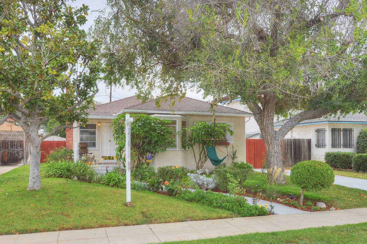 <b>SOLD OVER ASKING, MULTIPLE OFFERS</b><br>3850 Bledsoe Ave<br>Culver City<br>Offered at $899,000