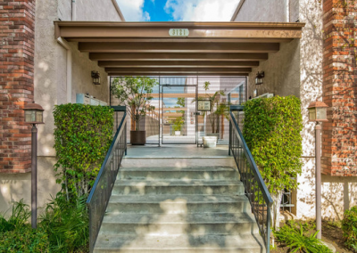 SOLD 3121 Colorado Ave Santa MonicaOffered at $849,000