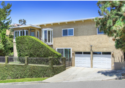 SOLD 9779 Apricot LnBeverly HillsOffered at $1,795,000