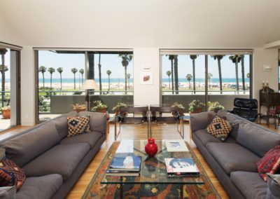 LEASED117 HART AVESanta Monica Offered at $25,500/month