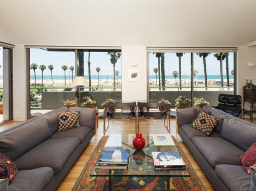 <b>LEASED</b><br>117 HART AVE<br>Santa Monica <br>Offered at $25,500/month