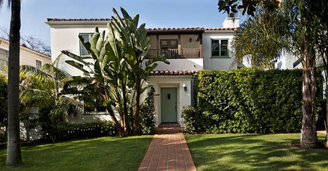 <b>SOLD</b><br>408 17th St.<br>North of Montana<br>Santa Monica<br>SOLD OFF MARKET