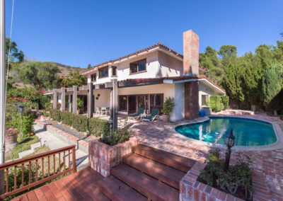 SOLD 2527 La CondesaBrentwood HillsOffered at $3,300,000