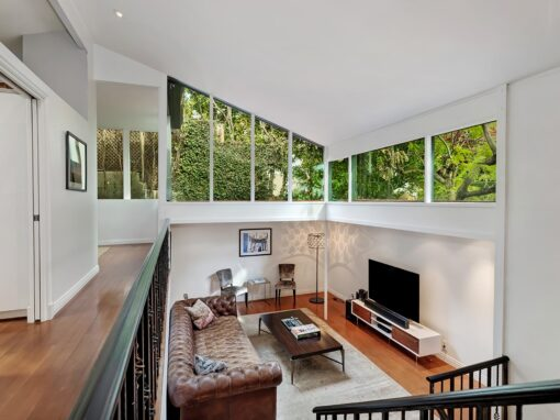 <b>JUST LISTED<BR></b>1517 Schuyler Rd<br> Beverly Hills<br>Offered at $2,899,000<BR>